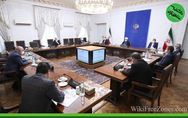 روحانی: ساختار اقتصاد دولتی برای اداره مناطق آزاد آسیبزا خواهد بود